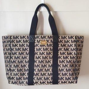 Michael kors weekend bag XL tote COA